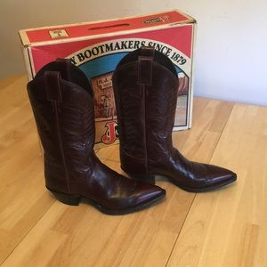 ***VINTAGE*** Justin cowboy boots from 1980's